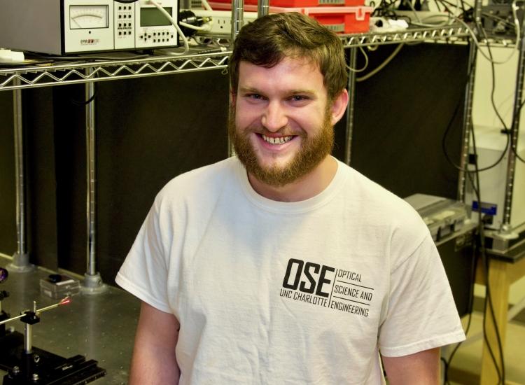 Luke Hardy in lab